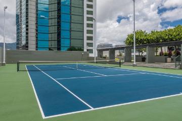 ハワイキタワー テニスコート