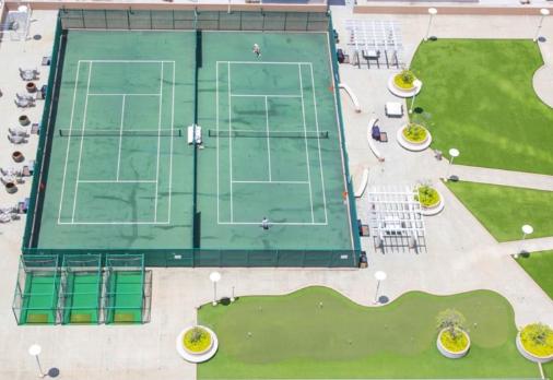 モアナパシフィック テニスコート